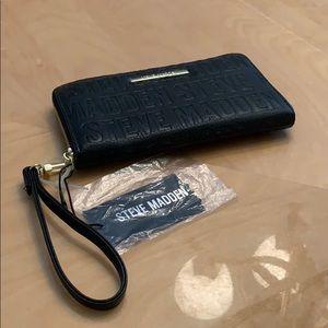 Women's logo zip around wallet Steve Madden